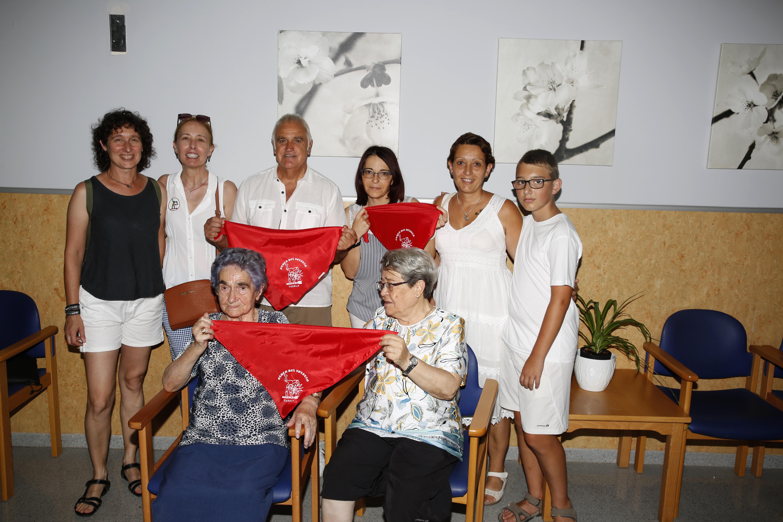 Exaltación del Pañuelo rojo con Postulantes a Damas de la Orden