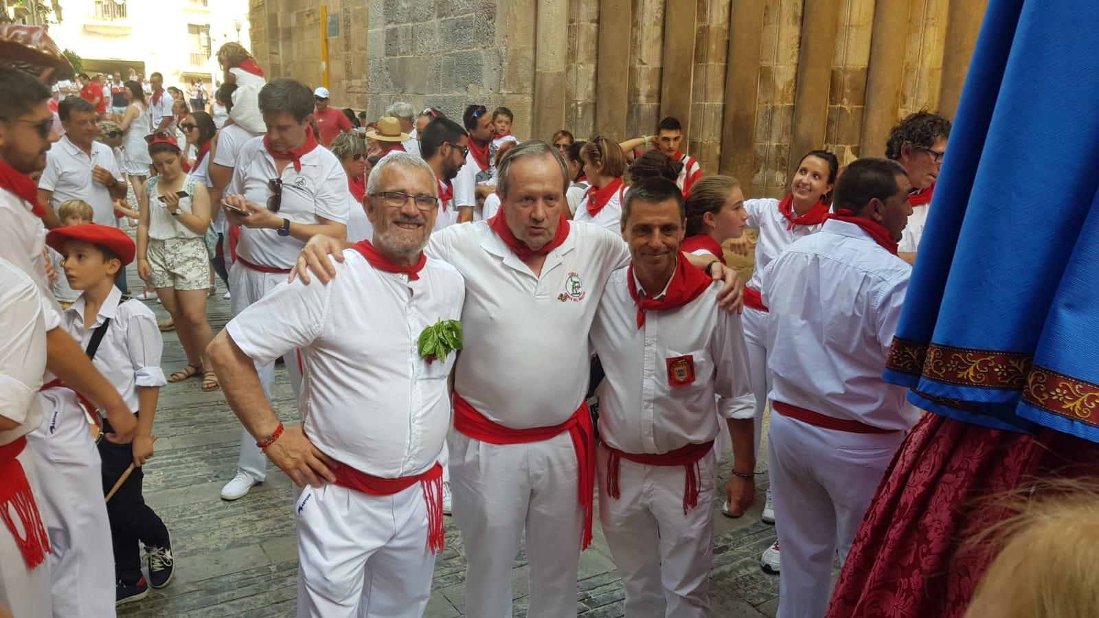 La Comparsa de gigantes y cabezudos de Tudela homenajea al Volatin
